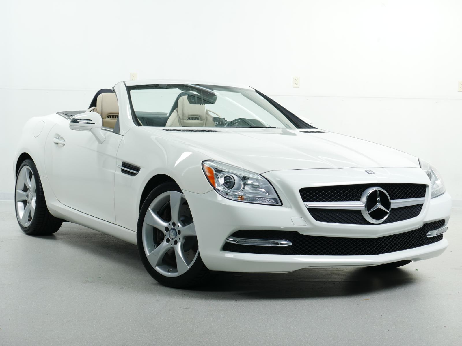 mercedes benz slk 350 owners manual user guide manual that easy to rh mobiservicemanual today mercedes benz slk 350 owners manual Mercedes 350SL