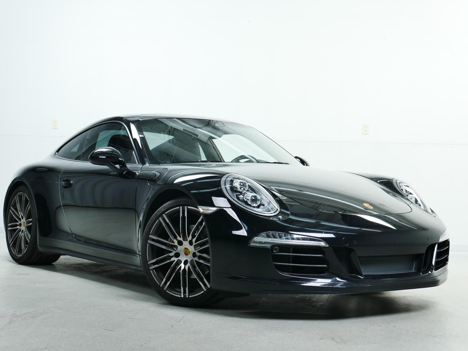 Pre Owned 2016 Porsche 911 Carrera 4 Black Edition